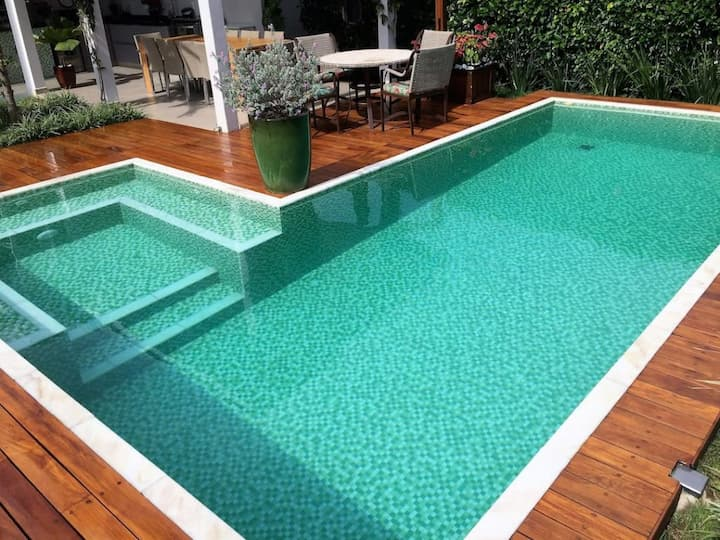 economizar com a sua piscina